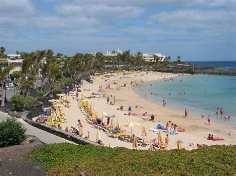 canary islands lanzarote beach weather travel facts trip tips precipitations usually dry rare