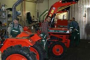 Mini Traktor Mit Frontlader : kleintraktor allrad traktor kubota b1402 neu lackiert mini ~ Kayakingforconservation.com Haus und Dekorationen