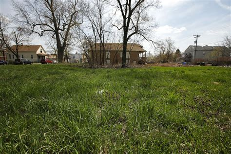 Grounds for Peace will beautify 50 vacant lots on South ...