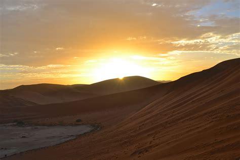 sossusvlei sossus dune lodge sunrise dunes