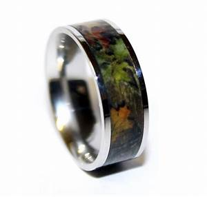 Camo wedding ring titanium wedding band camo ring us for Camouflage wedding rings