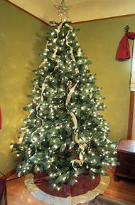 how to put ribbon on christmas tree
