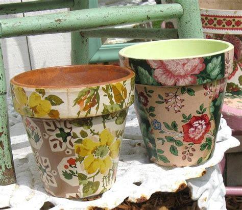 Wallpaper Decoupage Flower Pots   FaveCrafts.com