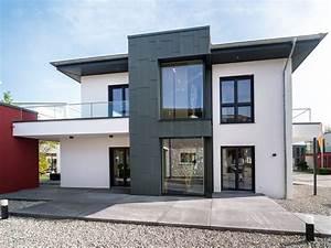 Haus Walmdach Modern : stadtvilla mit walmdach musterhaus okal poing okal ~ Lizthompson.info Haus und Dekorationen