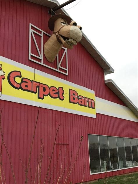 Sid S Carpet Barn by Pokin Around Carpet Barn Closing After 44 Years