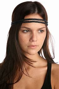 How to Wear Headbands with Bangs