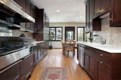 kitchens with black floors 46 kitchens with cabinets black kitchen pictures 6604