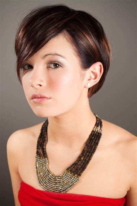 beautiful short hairstyles  girls cheveux belle