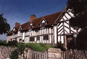 'Black and White' Tudor Buildings