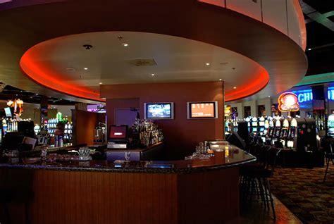 island bar deerfoot inn casino
