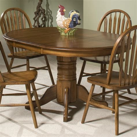 intercon classic oak single pedestal  dining table