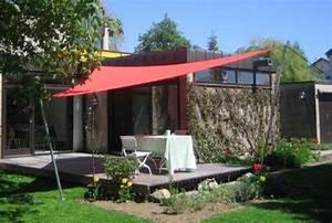 Sonnenschutz mit sonnensegel und faltsonnensegel f r for Sonnensegel für terrassenüberdachung pergola