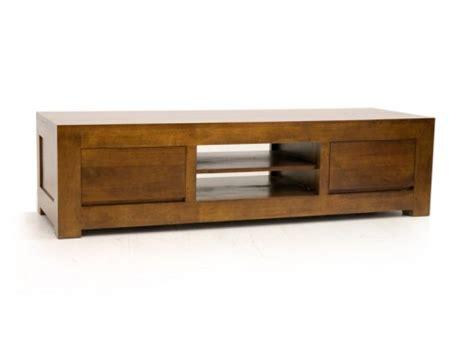 chambre bebe en pin meuble tv bas en bois