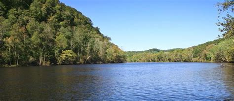 Houseboat Rentals Tennessee River