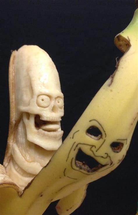 banana sculpture  keisuke yamada