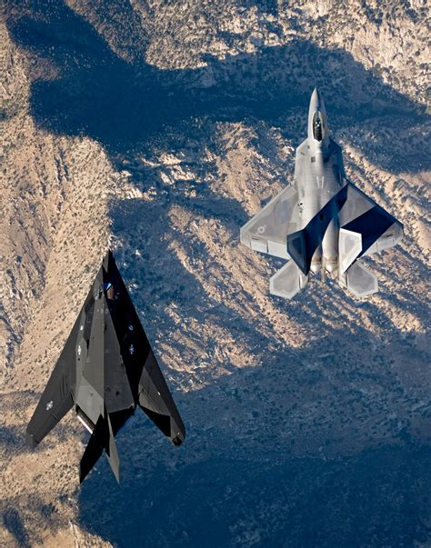 The F22 Raptor and the F117 Nighthawk flying side by side