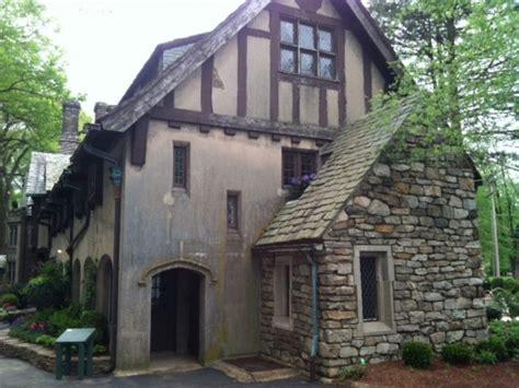 designers revive historic home  mansion