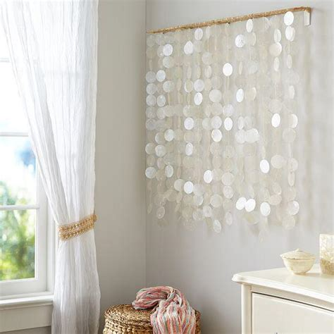 hanging shells decoration silver and gold capiz wall