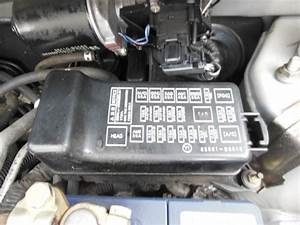 Daihatsu Charade Fuse Box In Engine Bay L251 07  03 05