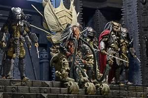 Predator – Bone Throne Diorama Element NECAOnline com