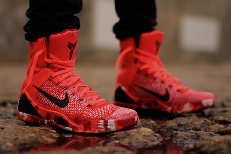 """Nike Kobe 9 Elite """"Christmas""""   Arriving at Retailers"""