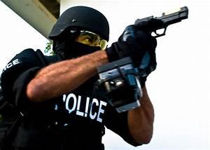 Man Killed After Pointing Airsoft Gun At Police   Popular ...