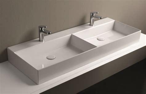 Vasche Da Bagno Da Appoggio by Lavabo Da Appoggio 2 Vasche In Ceramica 122x45x13h Cm