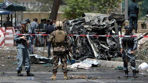 Dec 15, 2016 · erst kabul, dann kundus das erste jahr nach dem einsatzbeginn im januar 2002 ist geprägt vom bild einer friedensarmee. Afghanistan: Fünf Tote bei Anschlag am Flughafen Kabul ...