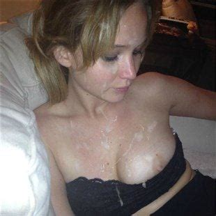 Jennifer Knaeble  nackt
