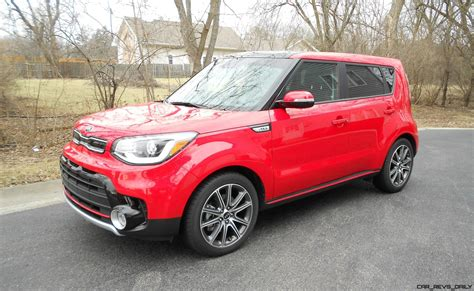 2017 Kia Soul Turbo Road Test Review By Ken Hawkeye