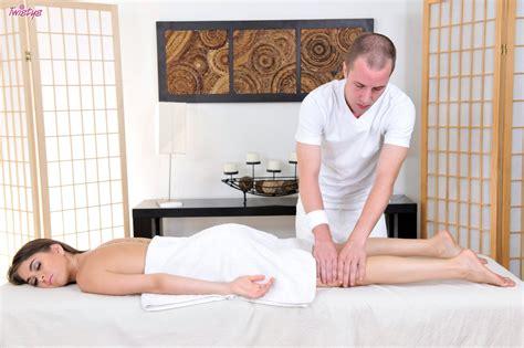 riley reid enjoys hot sex with a masseur my pornstar book