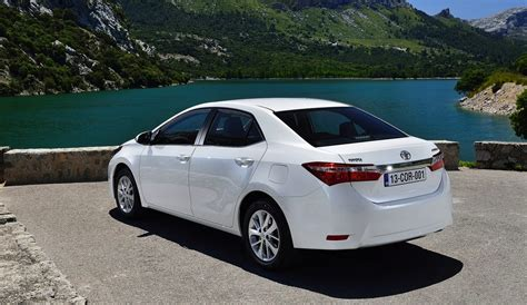 2014 Toyota Corolla Sedan Details Revealed Photos