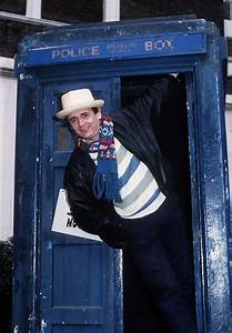 Sylvester McCoy likes an 'older' Doctor Who and says he is ...