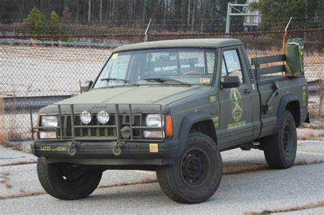 zombie response jeep ebay find of the day jeep comanche zombie response unit