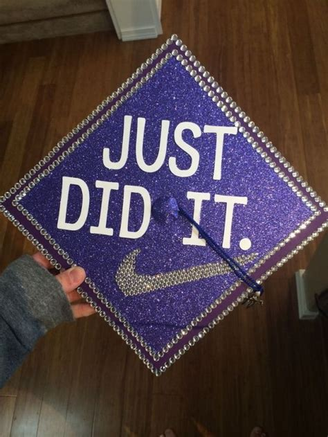 Graduation Decoration Ideas For Guys by 25 Best Ideas About Decorated Graduation Caps On