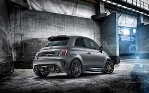 2014 Fiat Abarth 695 Biposto 2 Wallpaper