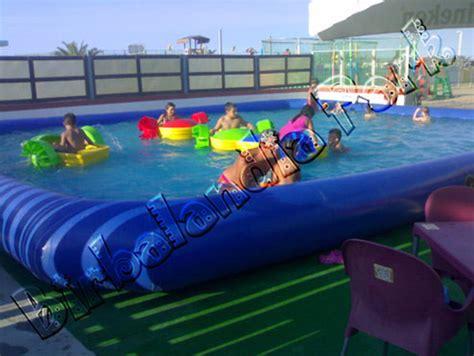 Barchette per piscina