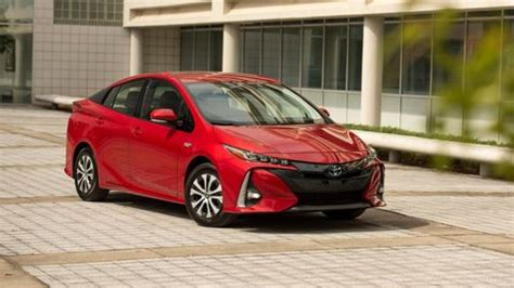 toyota vehicles reviews pricing  specs