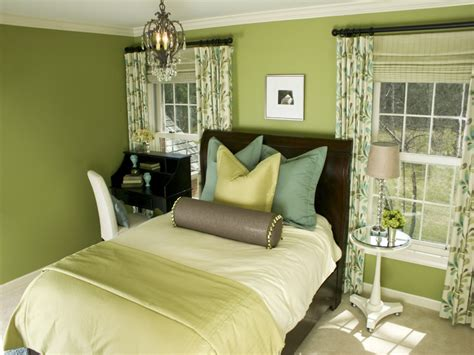 Curtains For Black Furniture by What Color Curtains Go With Yellow Walls And Black