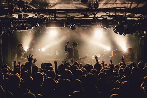 【ライブレポート】the Kebabs、新曲だらけの初ライブは予測不可能な展開に(写真9枚)