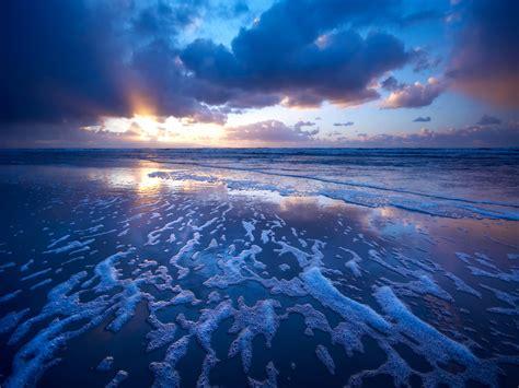 Amazing Blue Beach Scene  Wallpapers Stocks