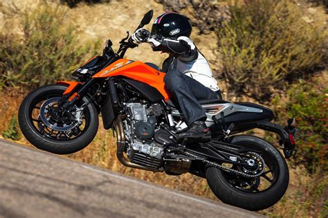 ktm 790 duke 2019 ktm 790 duke review 20 fast facts