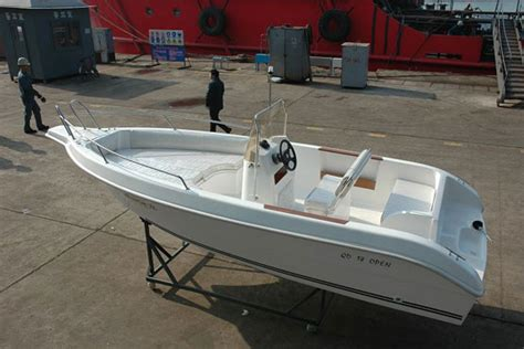Boat Service In Gujarat by Pre Owned Used Second Yacht Brokers And Dealers