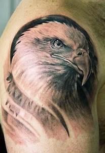 Tatouage Homme Original : tatouage original aigle ~ Melissatoandfro.com Idées de Décoration