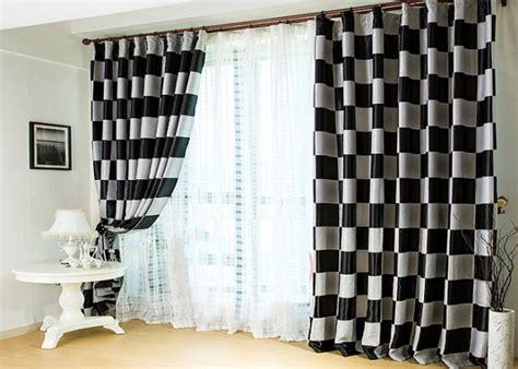 rideaux salon noir et blanc maison design jiphouse