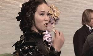 Behind the scenes - Katniss Everdeen Photo (33146917) - Fanpop