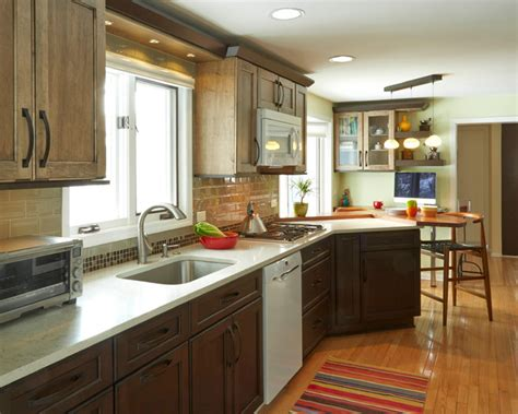 kitchen galley chico ca two tone galley kitchen in riverwoods 4901