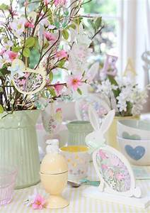 Decorating for Easter Pastel Easter Decorations