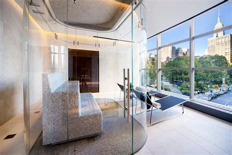 Gisele Bundchen And Tom Brady Apartment At One New York by Tom Brady And Gisele Bundchen Can T Seem To Sell Their
