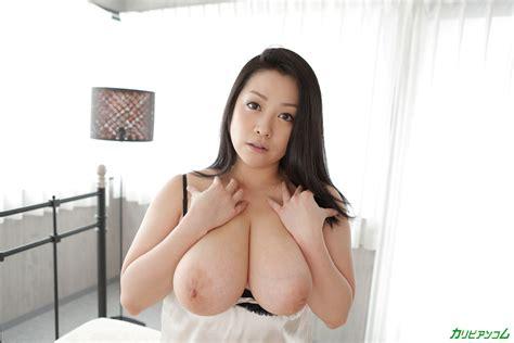 Why Fat Minako Komukai Paizuri Rock Jail With Gigantic